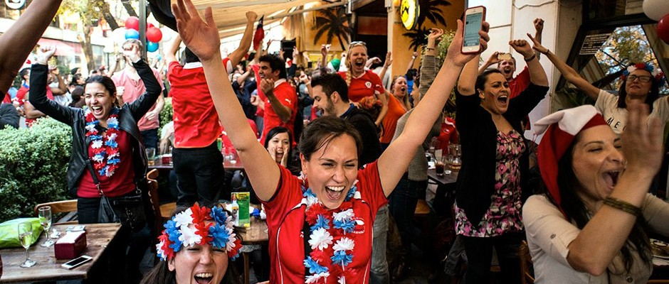 Soccer fans of Chile